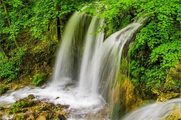 スローシャッター滝